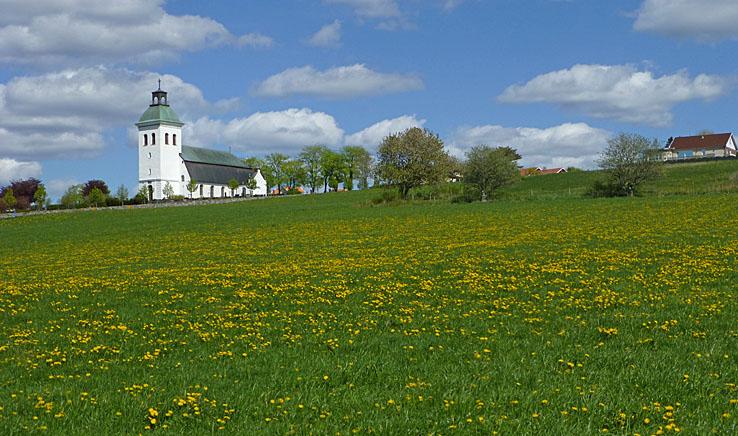 Cykla Lygnern runt. Fjärås kyrka