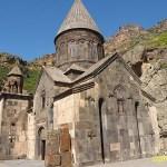 Klostret. Geghard. Armenien (U)