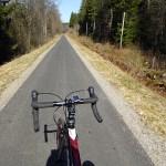 Drygt 40 km asfalterad banvall mellan Ulricehamn och Ambjörnarp. Ätradalsleden