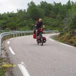 På väg mot Lysebotn på cykel. Lysebotnvegen