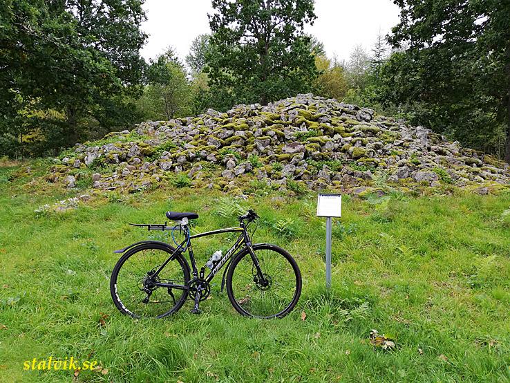 Cykla i Småland. Gravhögen Lockarör