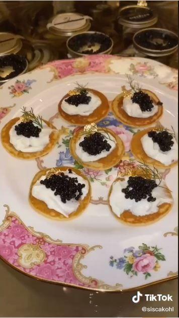 Caviar Rp20 juta (TikTok @siscakohl)