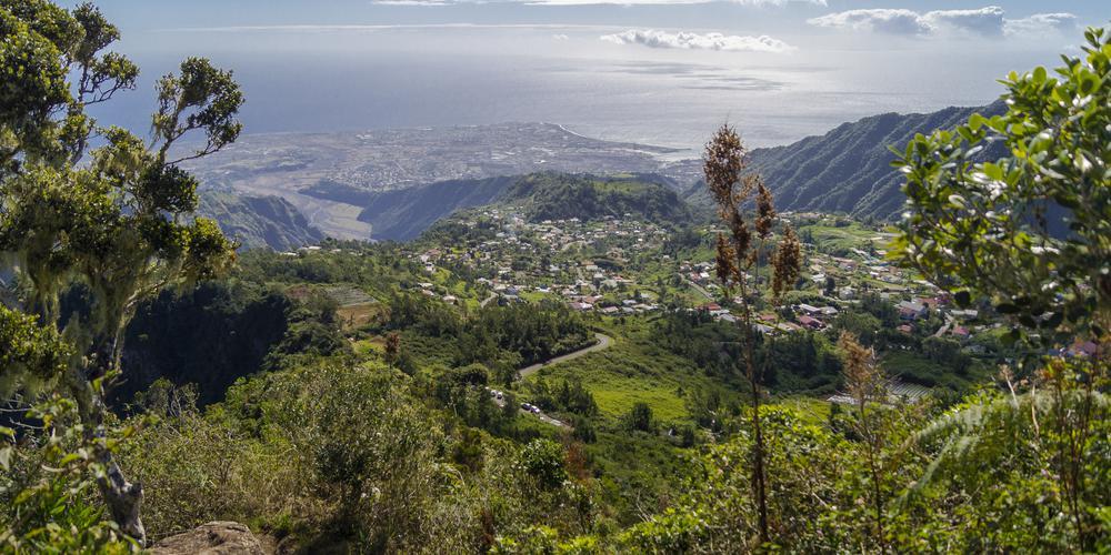 Fermeture des restaurants. cinémas et salles de sports : à la Réunion. tour de vis face au Covid