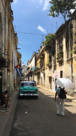 Bakgata i gamla delen av Havanna
