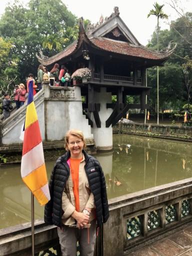 Kerstin vid pagoden