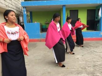Dans i Otavalo
