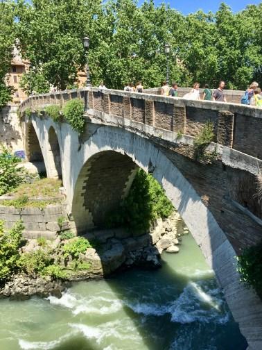 Bron är över 2000 år gammal!