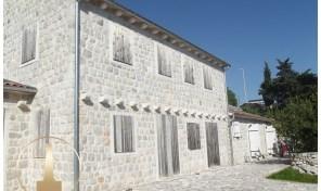 Prodaja – Nova kamena kuca u zavrsnoj fazi gradnje – Perast, Kotor
