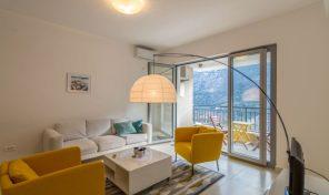 Jednosoban stan sa pogledom na more, 58m2 – Morinj, Kotor