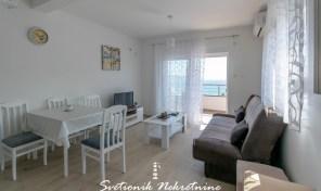 Prodaja stanova Herceg Novi – Dvosoban stan sa pogledom na more, Igalo