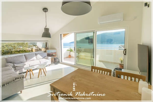 Prodaja stanova Herceg Novi Stan u novogradnji sa panoramskim pogledom na more Topla