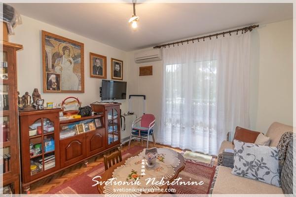 Prodaja stanova Herceg Novi - Studio apartman smesten na samom setalistu u centru Igala