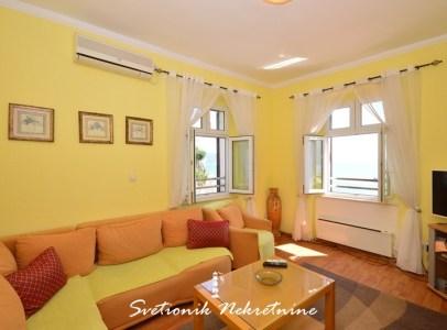 Stan na samoj obali mora - Škver, Herceg Novi (1)