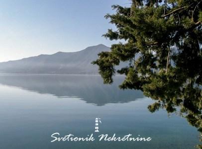 Kuca sa pontom na obali mora - Orahovac, Kotor