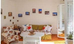 Kompletno renoviran i opremljen dvosoban stan – Dobrota, Kotor