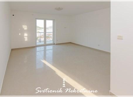 Prodaja stanova Herceg Novi - Jednosoban stan u novogradnji sa pogledom na more, Meljine