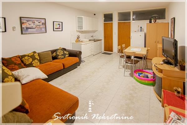 Prodaja stanova Herceg Novi - Jednosoban stan, Savina