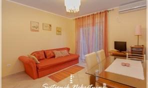 Luksuzan jednosoban stan u neposrednoj blizini mora – Njivice, Herceg Novi