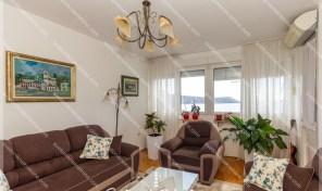 Renoviran stan sa prelepium pogledom na more – Savina, Herceg Novi