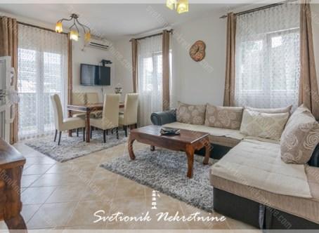 Prodaja stanova Herceg Novi - Namesten jednosoban stan sa pogledom na more, Igalo