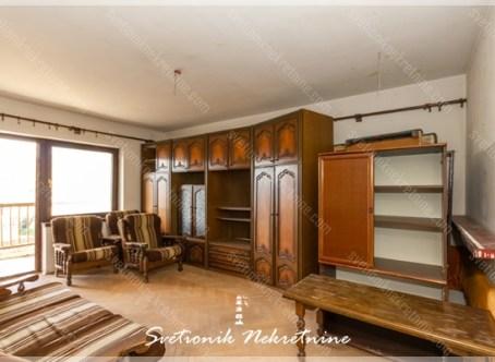 Prodaja stanova Herceg Novi - Stan za renoviranje 40m2, Topla 2