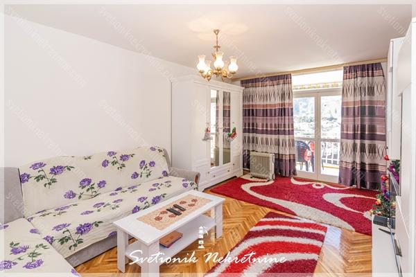 Prodaja stanova Herceg Novi - Komforan stan smesten u centru Igala