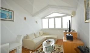 Renoviran jednosoban stan sa pogledom na more – Bijela, Herceg Novi