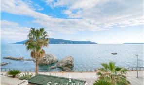 Dvosoban stan sa prelepim pogledom na more – Savina, Herceg Novi