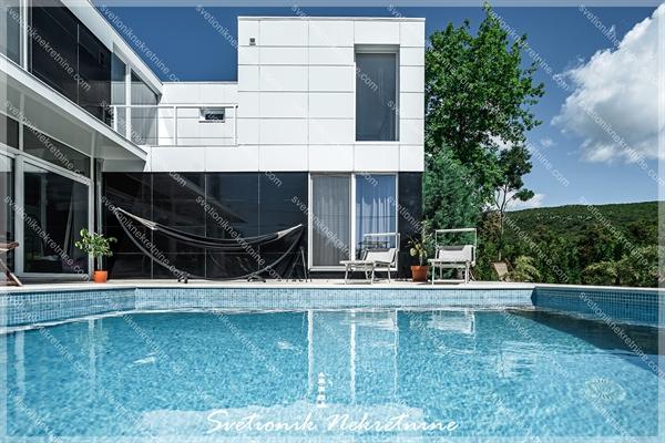 Prodaja vila Budva - Moderna vila sa bazenom, Krimovica