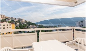 Dugorocno izdavanje stanova Herceg Novi – Stan sa pogledom na more, Topla 2