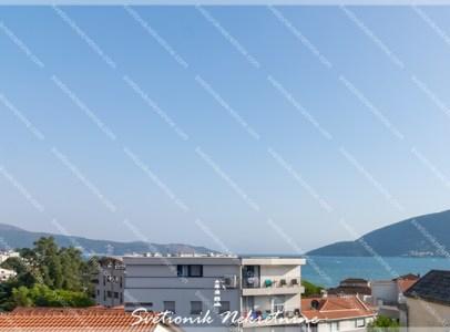 Prodaja stanova Herceg Novi - Stan sa pogledon na more, Igalo - centar