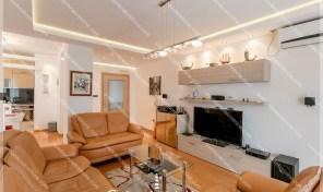 Renoviran stan sa panoramskim pogledom na more – Topla 2, Herceg Novi