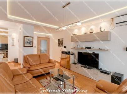 Prodaja stanova Herceg Novi - Kompletno renoviran i opremljen stan sa panoramskim pogledon na more, Topla 2