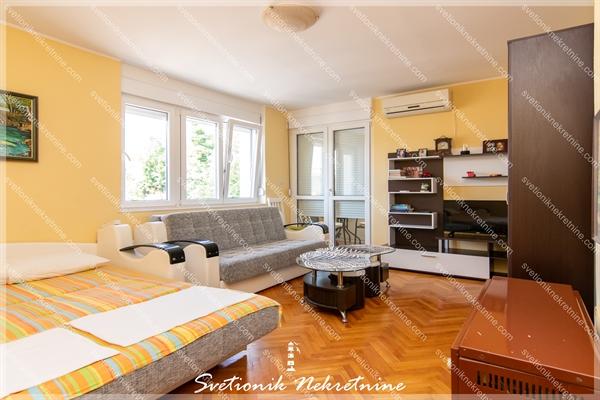 Prodaja stanova Herceg Novi - Kompletno renoviran stan, Savina