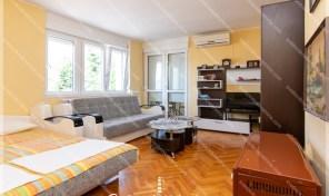 Kompletno renoviran dvosoban stan – Savina, Herceg Novi