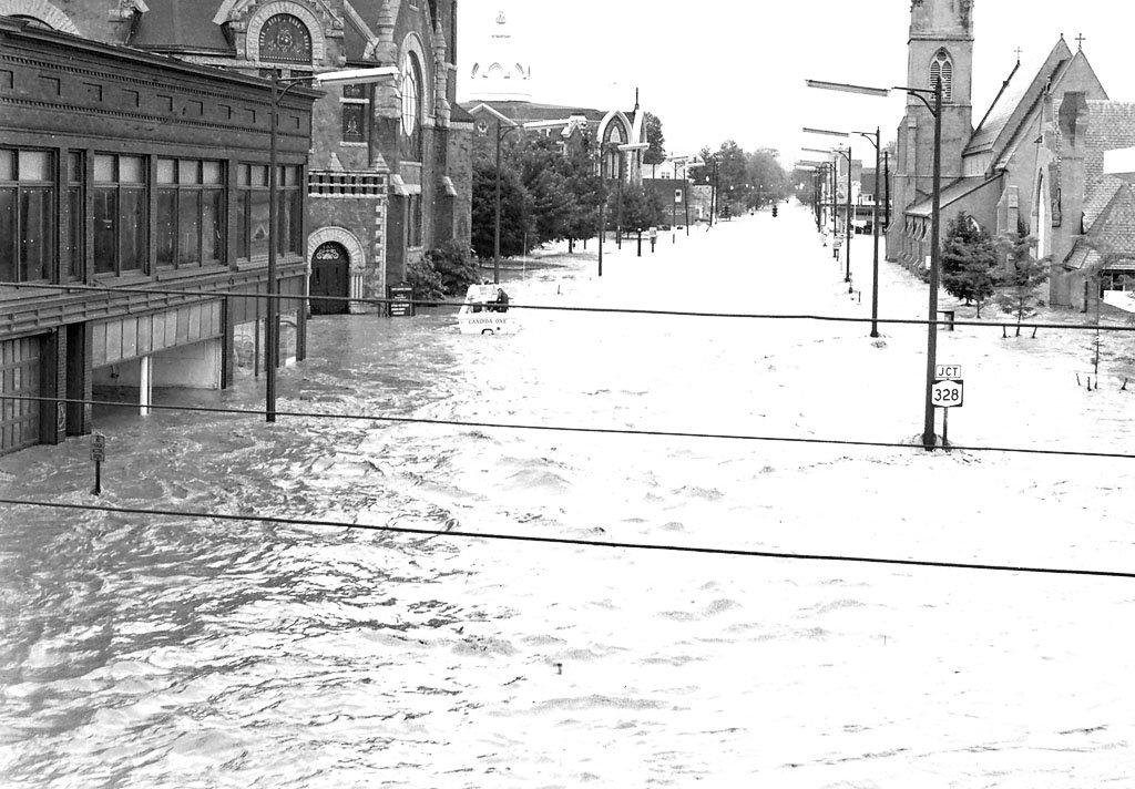 Hurricane agnes death toll