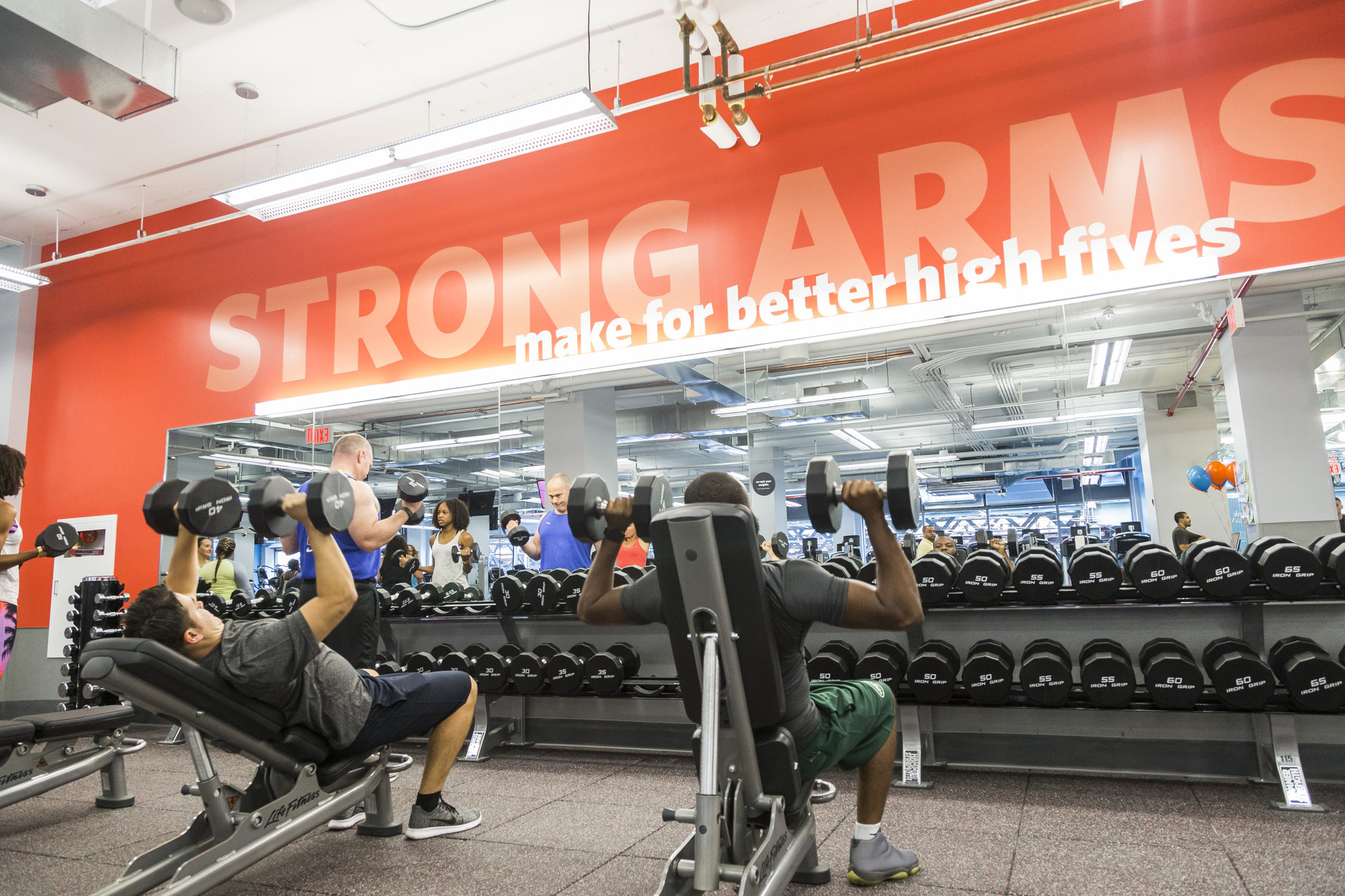 Blink Fitness To Bring Luxury Experience Budget Priced Gyms To Central New York Syracuse Com