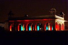 Enjoy Sound and Light Show in Agra Fort with A Walk in Sadar Bazaar