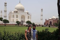 Sunrise Agra Tour With Taj Mahal and Agra Fort