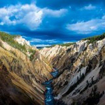 Denver Colorado Yellowstone, Mt. Rushmore, and Grand Teton Tour from Denver 103133P28