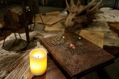 Eludesions Escape Rooms Experience for Eight