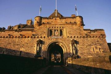 3-Hour Private Edinburgh Castle Tour