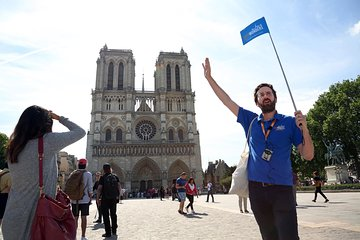 Notre Dame Island with Medieval History of Paris Guided Tour - 15 People Max