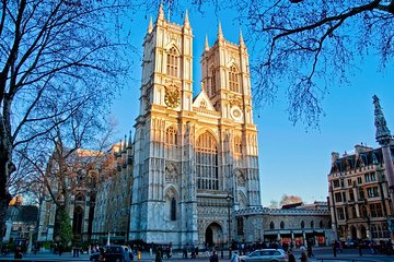 Westminster Walking Tour & Westminster Abbey Entry