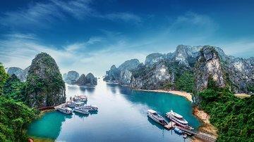 Hanoi : Beautiful Halong Bay On Cruise By Halong Sail