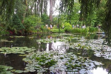 Private Tour to Giverny, Claude Monet museum from Paris. Best offer!