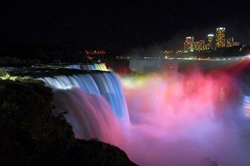 Niagara Falls Scavenger Hunt: Hunt Along Niagara Falls
