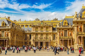 Visit Versailles Tour : Fast-Track Entry Palace of Versailles Guided Tour