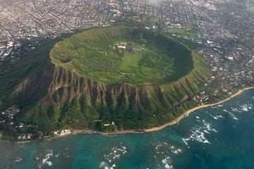 Shaxi Diamond Head Hiking and Waikiki Tour