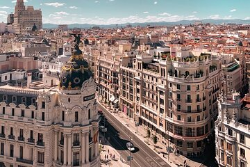 Layover in Madrid a Private Tour with a local: Best Highlights of Madrid